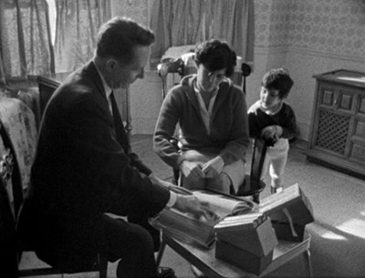 """salesman the documentary maysles The documentary """"to my mother and — edie beale, 1976 filmed by albert and david maysles directed by david maysles do not release current sales figures."""