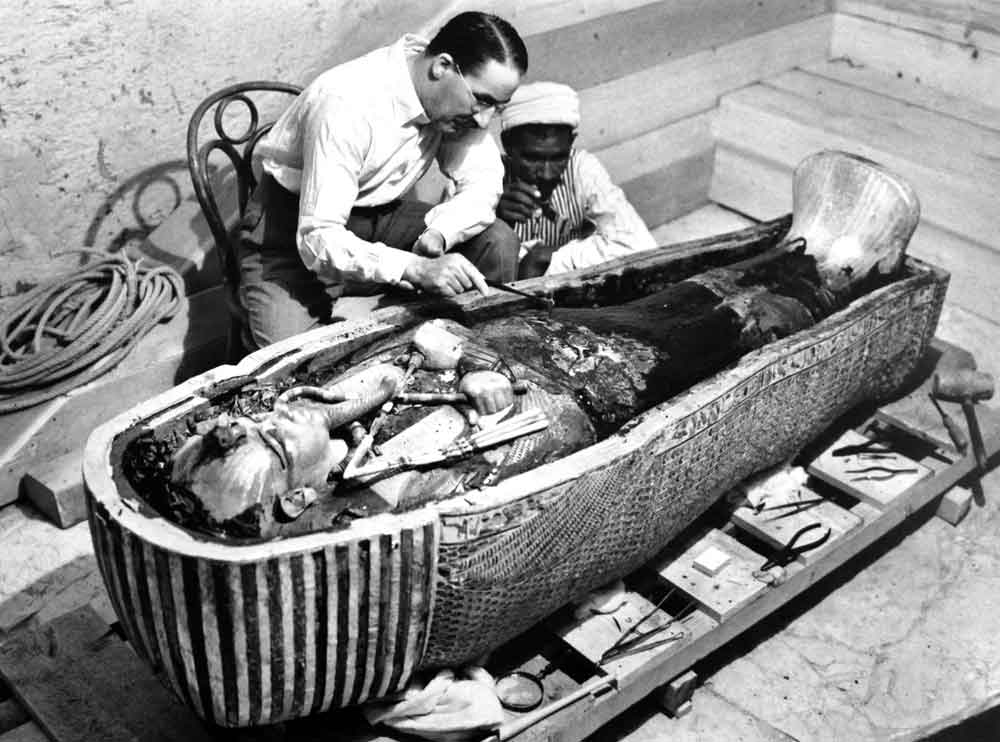 King Tut Tomb Discovery: Afflictor.com · Howard Carter