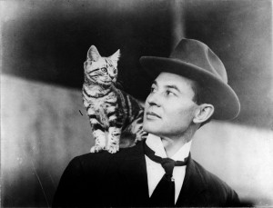 """""""Moisant makes few trips these says without taking along his little gray kitten named Paree."""""""