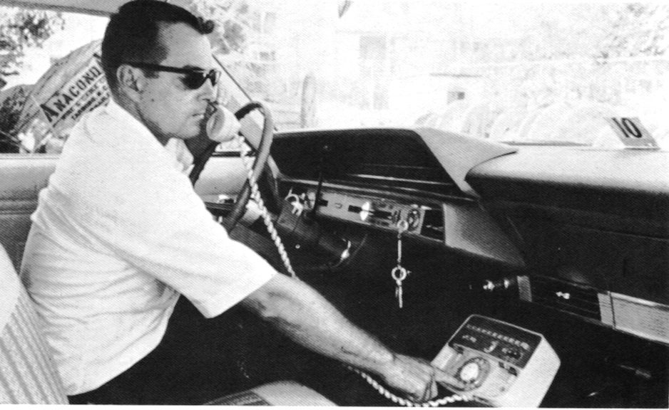Car-phone-circea-1960jpg