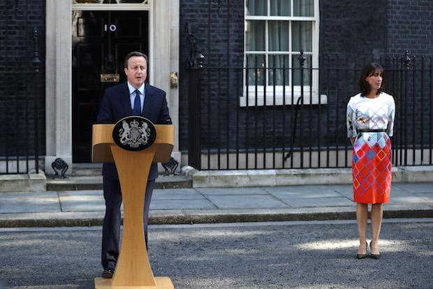 LONDON, UNITED KINGDOM - JUNE 24: British Prime Minister David Cameron resigns on the steps of 10 Downing Street his wife Samantha Cameron listens on June 24, 2016 in London, England. The results from the historic EU referendum has now been declared and the United Kingdom has voted to LEAVE the European Union. (Photo by Dan Kitwood/Getty Images)