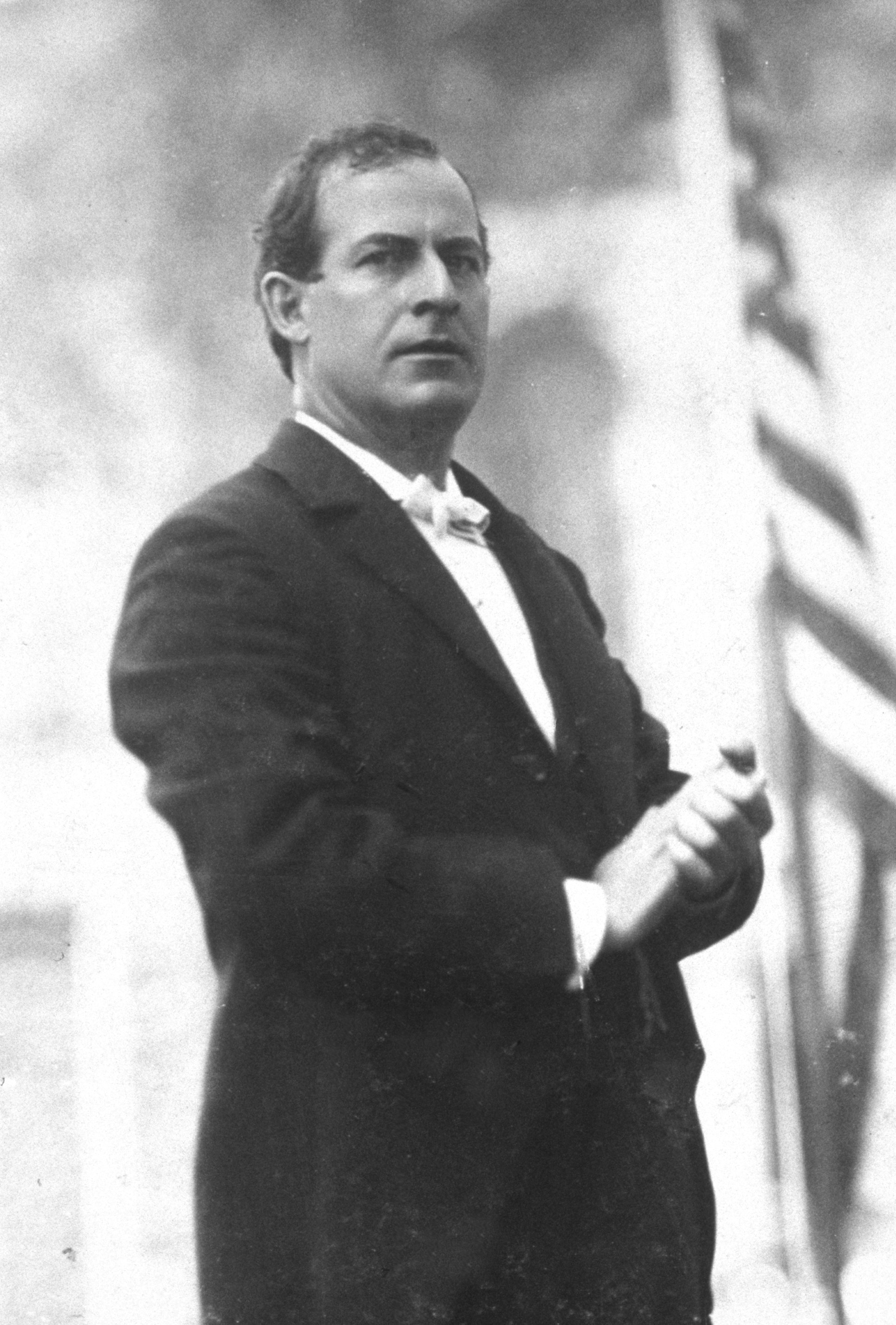 William-Jennings-Bryan-speaking-c1896