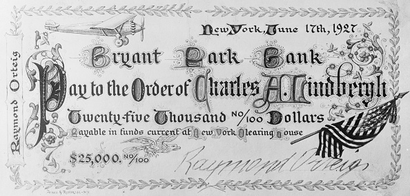 Raymond Orterg check presented to Lindbergh.