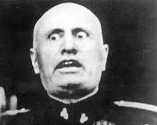 Mussolini-e1405042269468.jpg