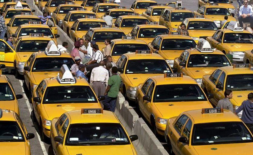 """taxis 2 e1437028378503 """"Uber's Reputation Isn't Necessarily Progressive"""""""