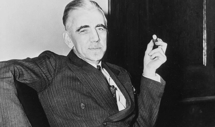 Y2I4MjE2MzI0ZiMvQUM0NllLQnozZ0w3QjJCRTdjb3Y1UjZNbGFvPS8weDk4OjI1MTF4MTU3Ni85MDB4NTMwL2ZpbHRlcnM6cXVhbGl0eSg3MCkvaHR0cDovL3MzLmFt Old Print Article: William Dudley Pelley, An American Hitler (1938/42)